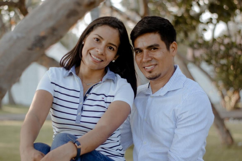 Jonatahan and Gloria Alvarez Canales