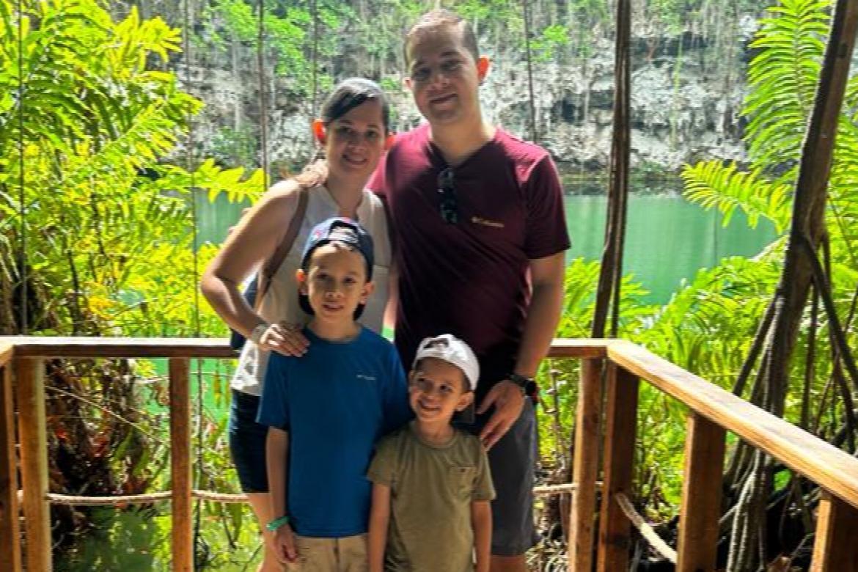 Rodrigo and Emilia Wave